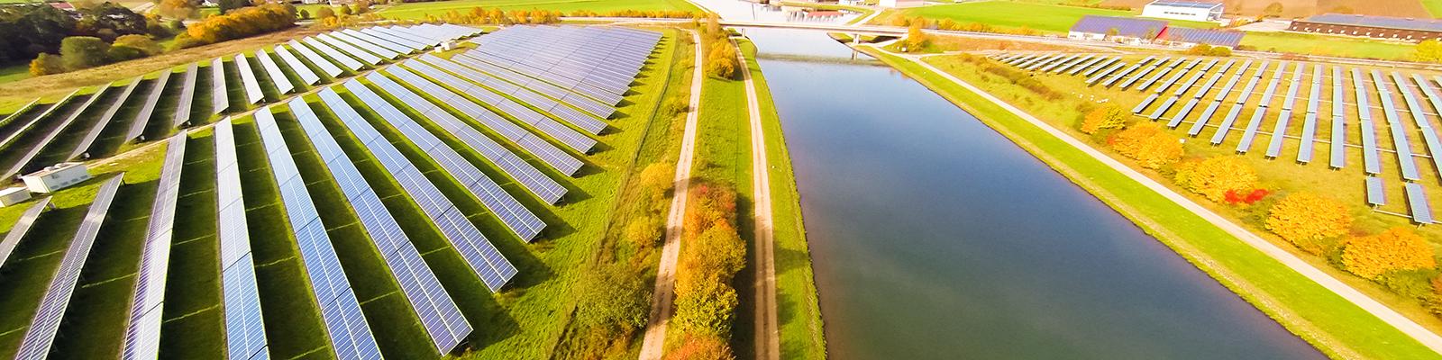 Solaranlage zum Thema Erneuerbare Energien; Quelle: iStock.com/nullplus
